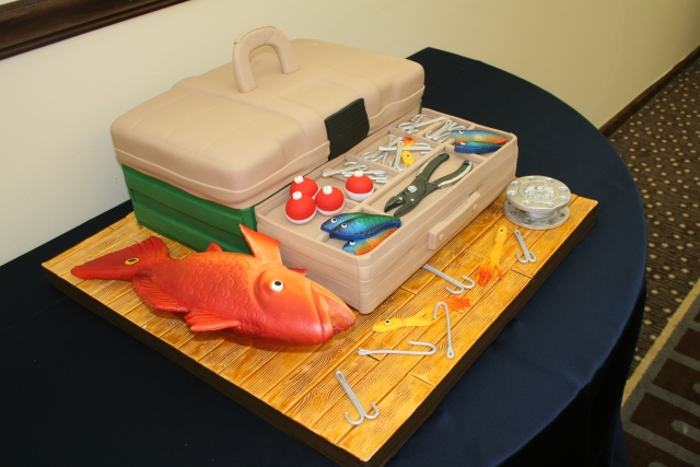 loved this grooms cake, yes it is cake - a tackle box