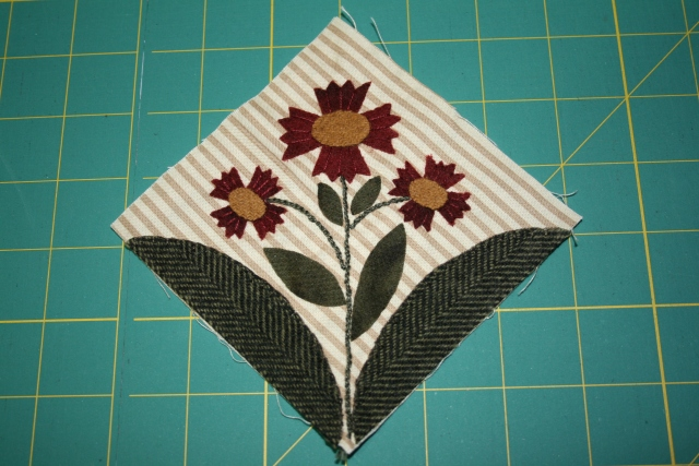 my next mini block, I just need to do the centers and the leaves