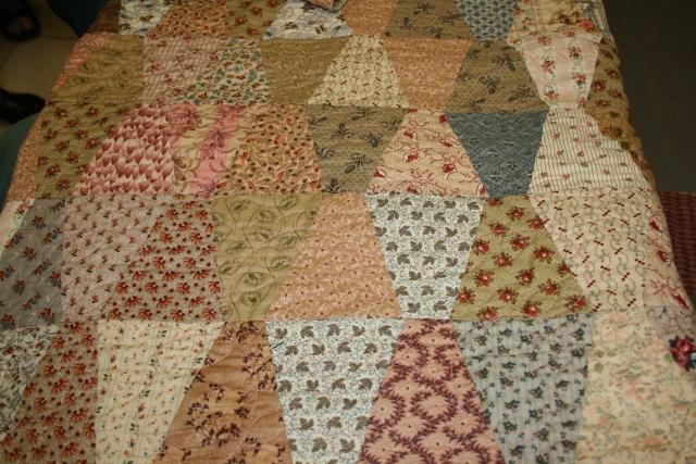 tumbler quilt done in scraps