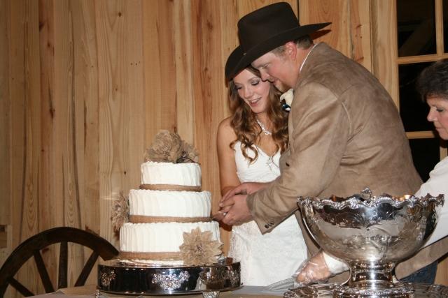 cake cutting time