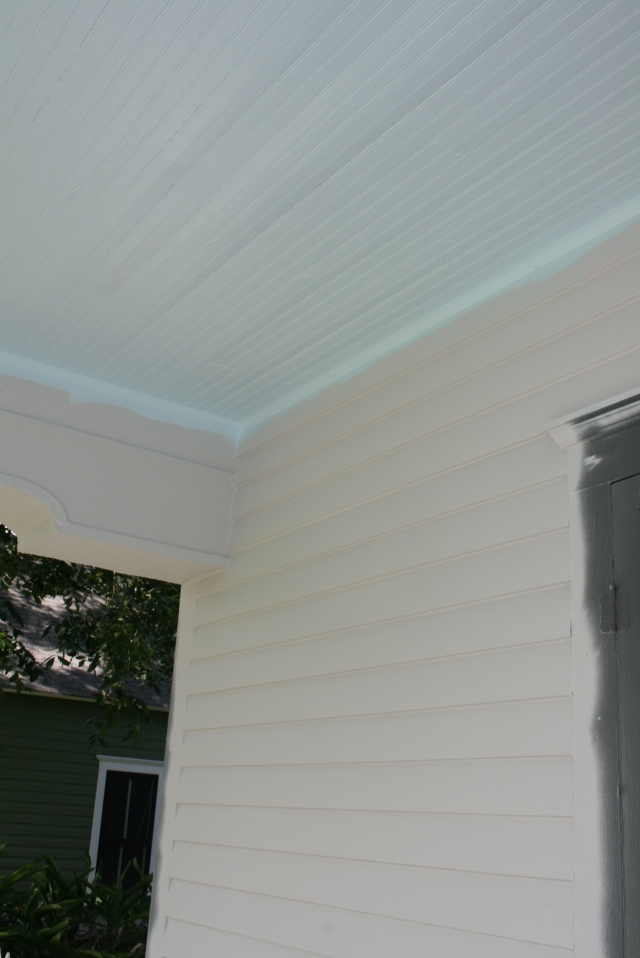 corner of the front porch with new ceiling color