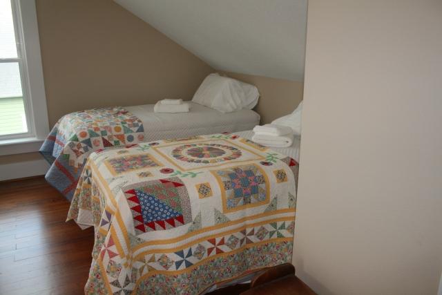 30's bedroom, part of it
