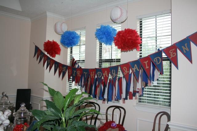 Jaiden's party decor