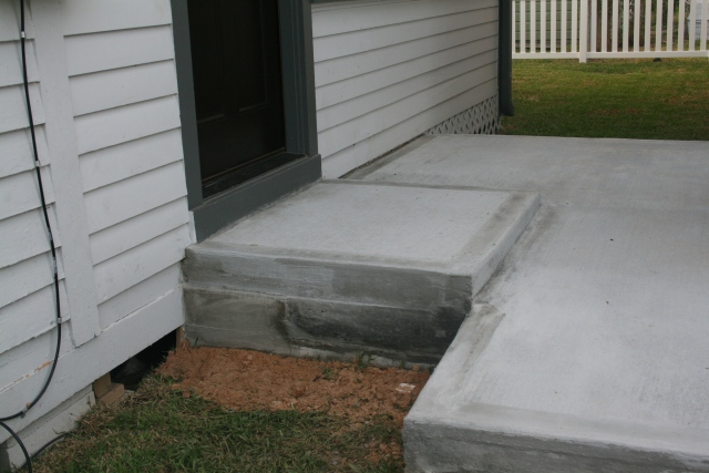 a better view of the back step from the house
