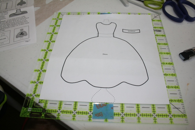 this is the template I made for placing the dresses on the blocks