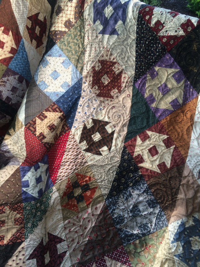 I love the quilting