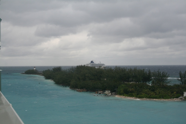 a ship leaving Nassau