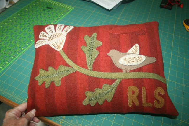 the front of my Primitive Gatherings Stitching pillow