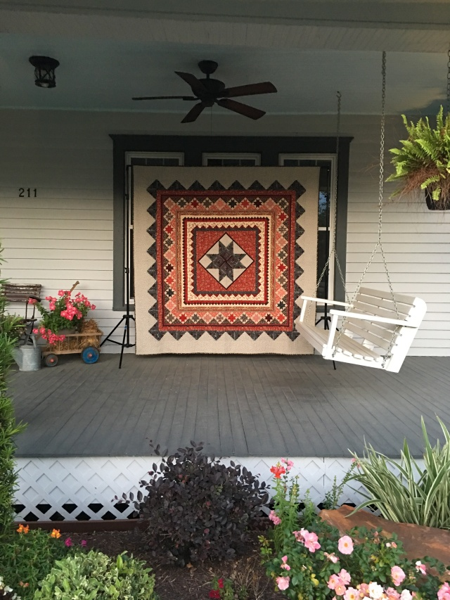the other quilt on the front porchh