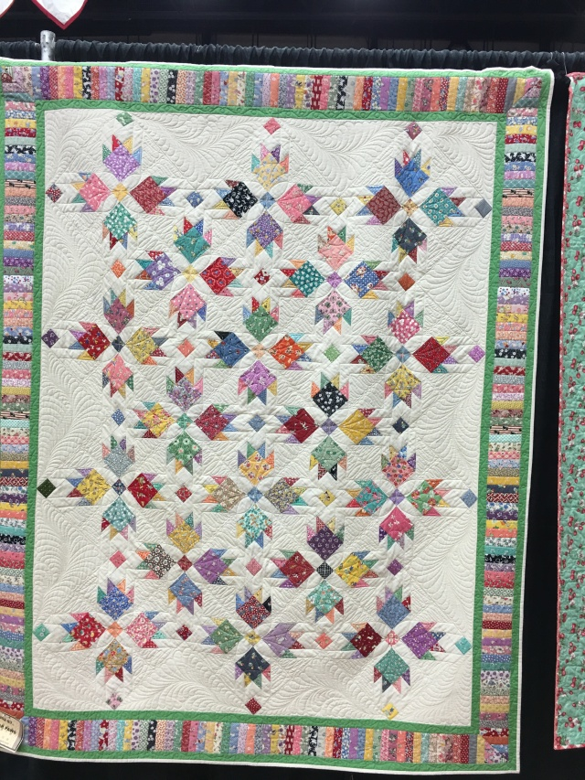 loved this 30's bear paw quilt
