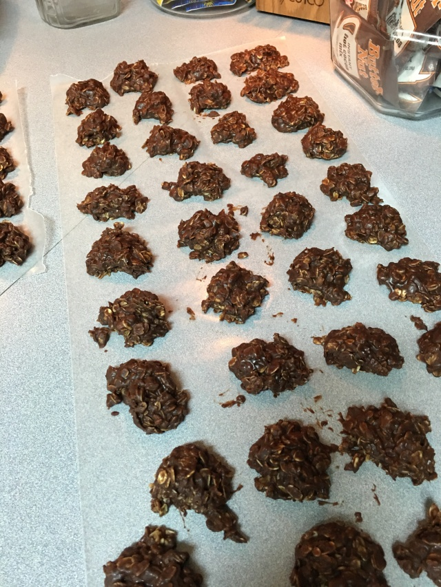 yummy chocolate no-bake cookies
